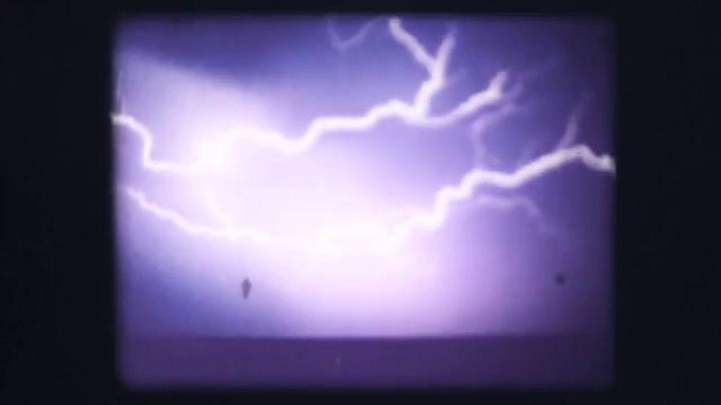 YILDIRIM / LIGHTNING STRIKES
