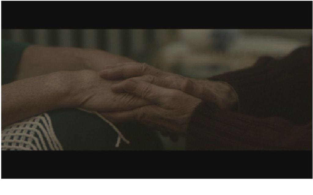 Alzheimer İnsanın Kendini Terk Etmesidir / Alzheimer: To Abandon The Self