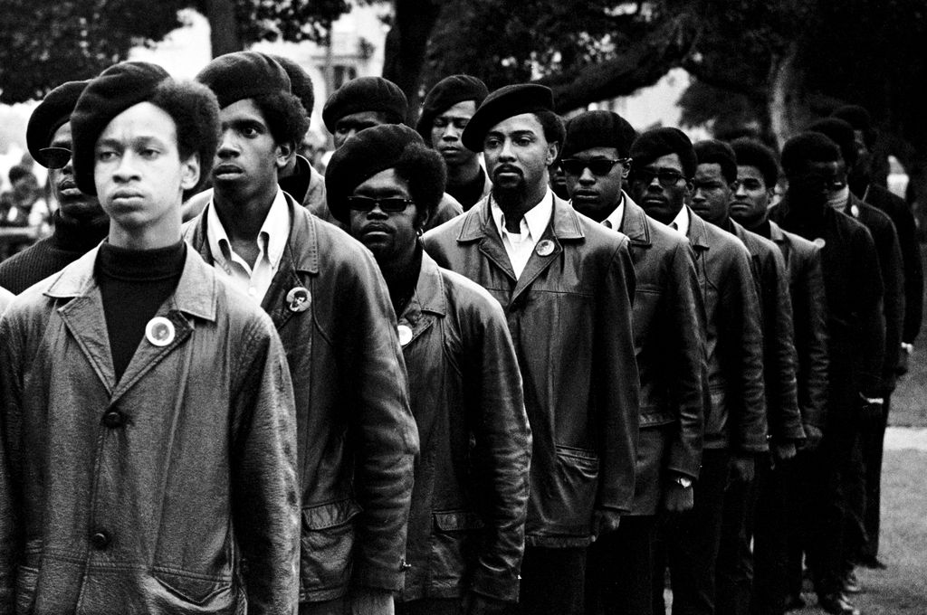 DEVRİMİN ÖNCÜLERİ KARA PANTERLER / THE BLACK PANTHERS: VANGUARD OF THE REVOLUTION